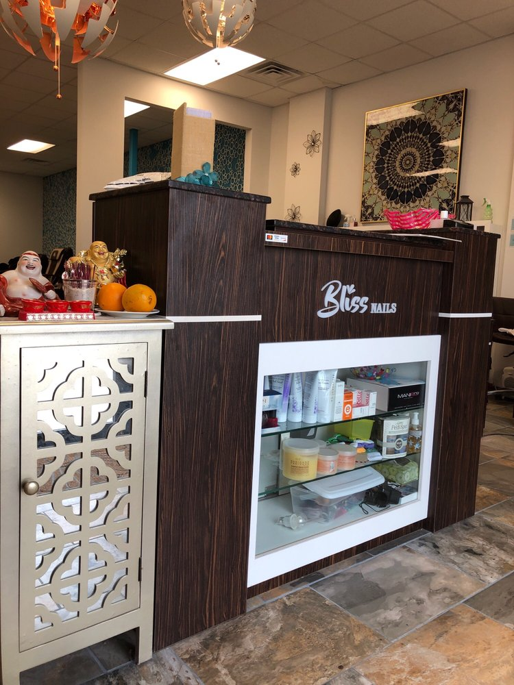 Bliss Nails: 1095 N Greenwich Rd, Wichita, KS