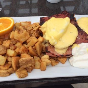 Eggsclusive Cafe Rockford Menu