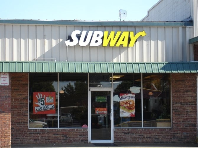 Subway: 1620 W Business US Hwy 60, Dexter, MO