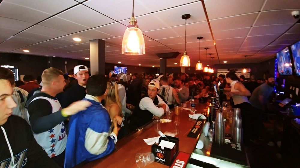 The Lateral Sports Bar: 4108 Montgomery Rd, Norwood, OH