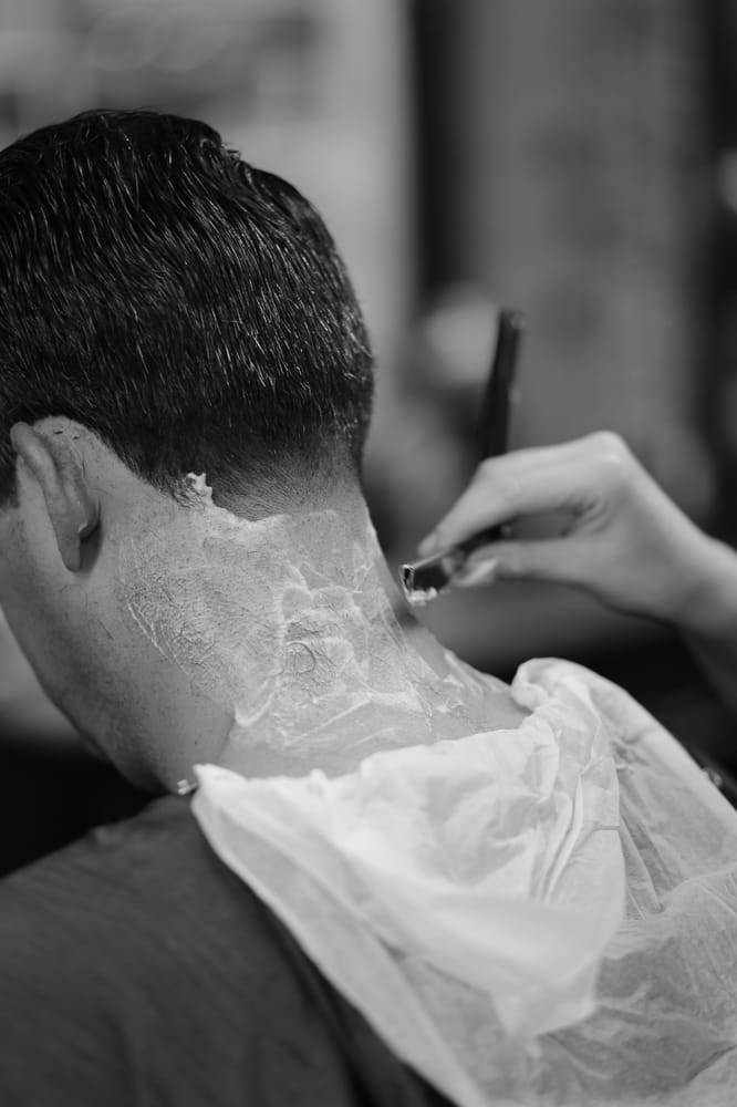 Barber on Pearl: 57 Pearl St, Brooklyn, NY