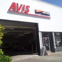For full Avis and Amazon benefits, after logging in with Amazon you'll need to log in to Avis and link your accounts.