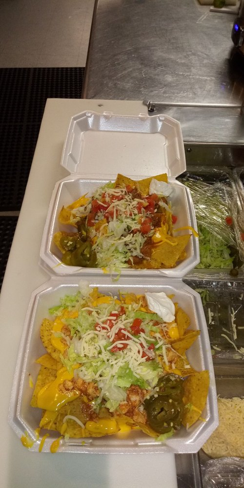 Chela's Tacos: 5115 Broadway, Gary, IN