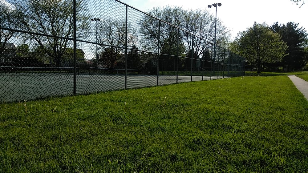 Degenhart Park: 341 Lesleh Ave, Groveport, OH