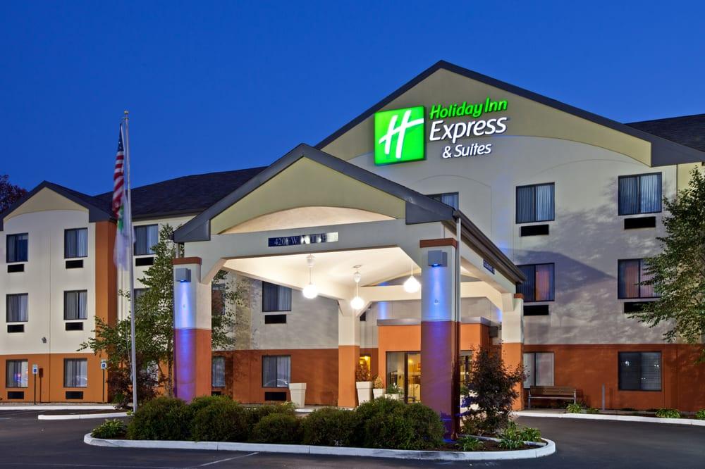 Photo of Holiday Inn Express & Suites Muncie: Muncie, IN