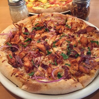 California Pizza Kitchen Bayshore Town Center