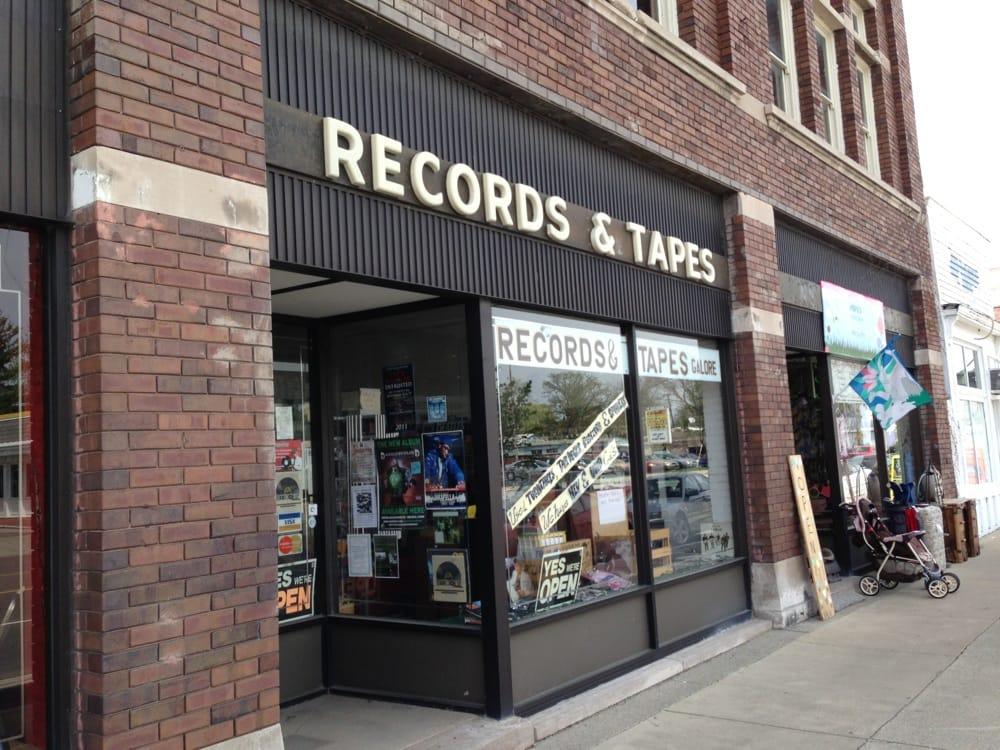 Records & Tapes Galore: 1303 Court St, Saginaw, MI