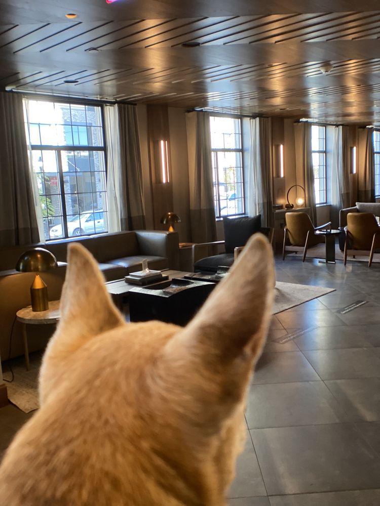 Kimpton Armory Hotel Bozeman: 24 W Mendenhall St, Bozeman, MT