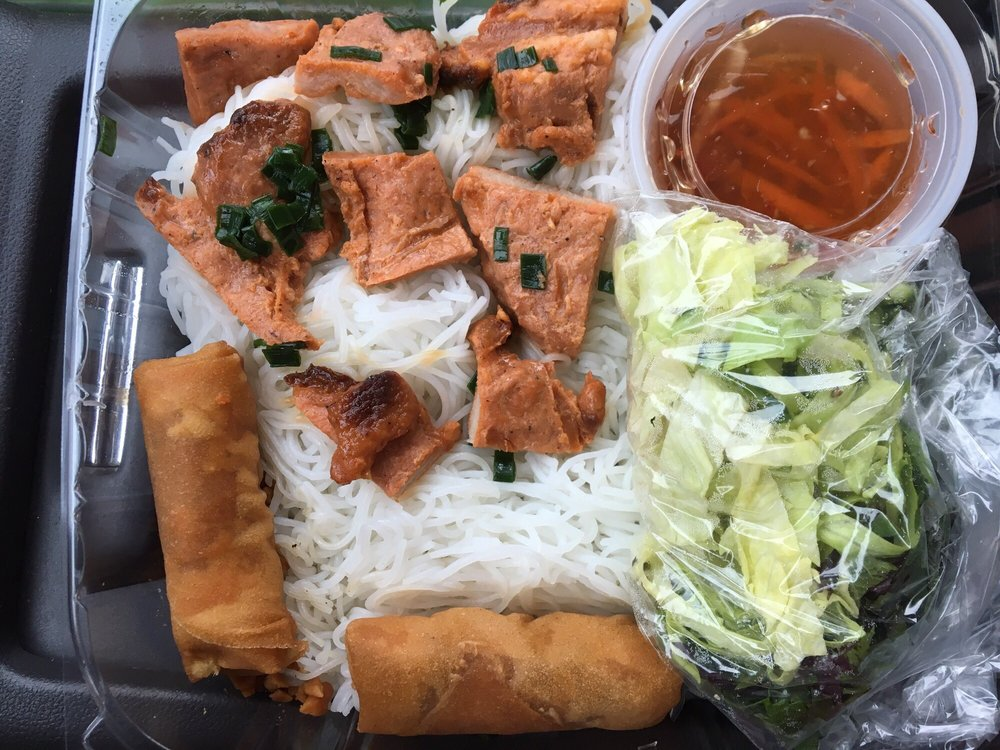 Food from Ky Duyen Cafe