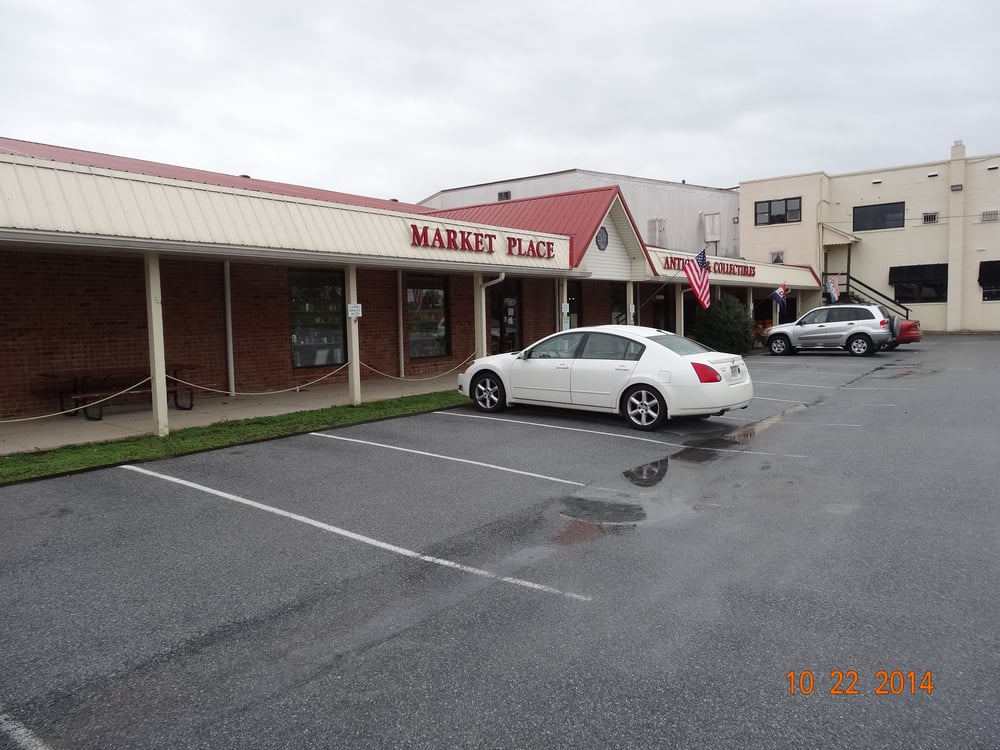 Market Place Antiques: 7702 Old National Pike, Boonsboro, MD