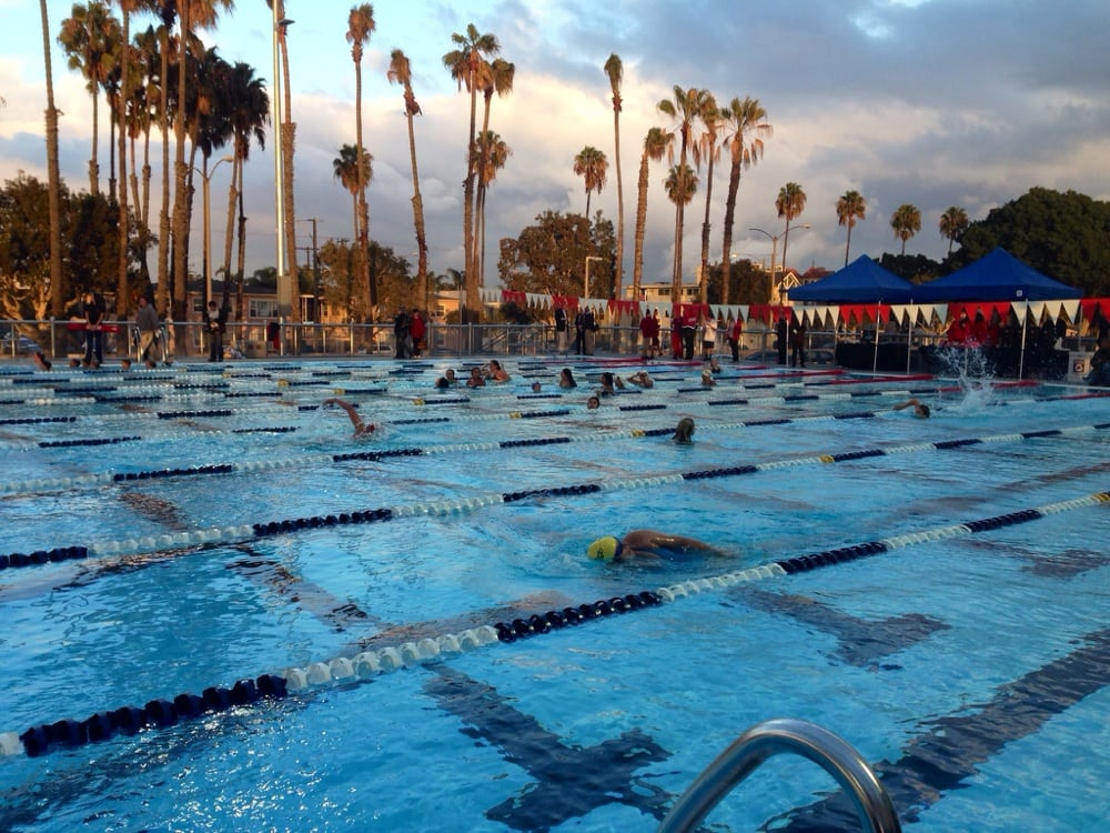 The New Outdoor Pool At Belmont Olympic Pool Opened Last Night Thank You City Of Long Beach