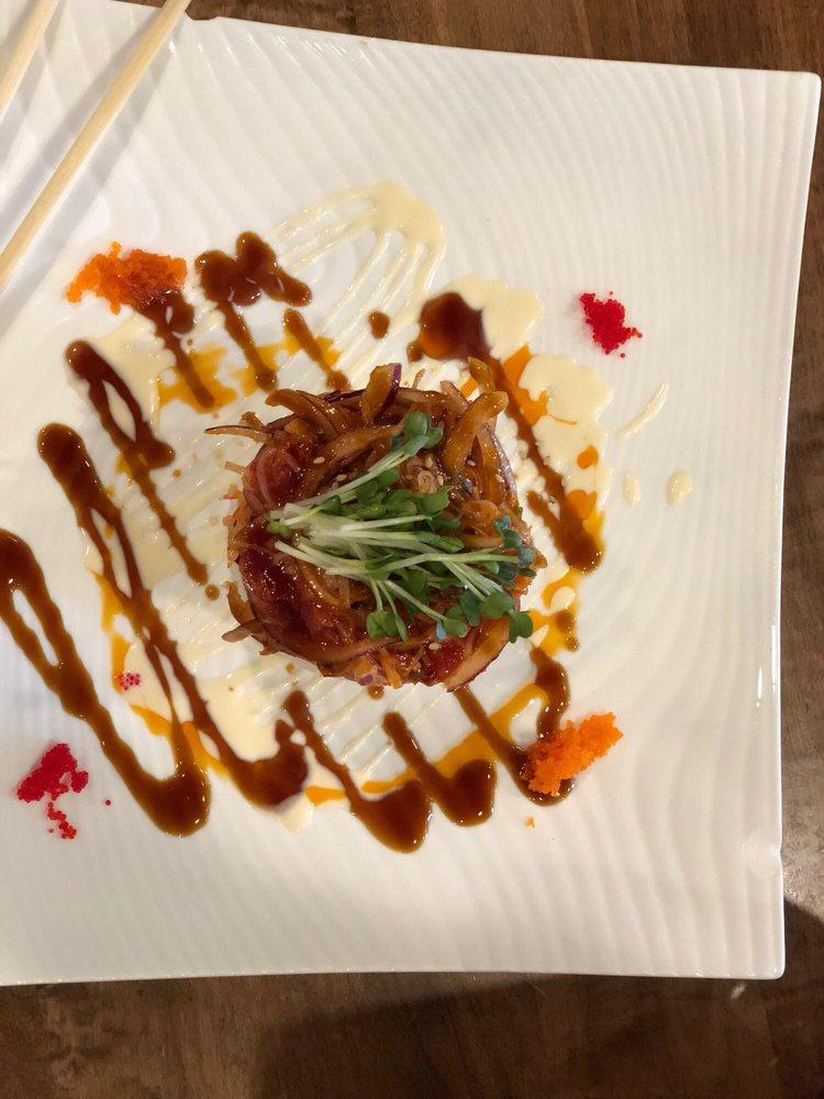 Mamasang Sushi & Grill: 3410 E Johnson Ave, Jonesboro, AR