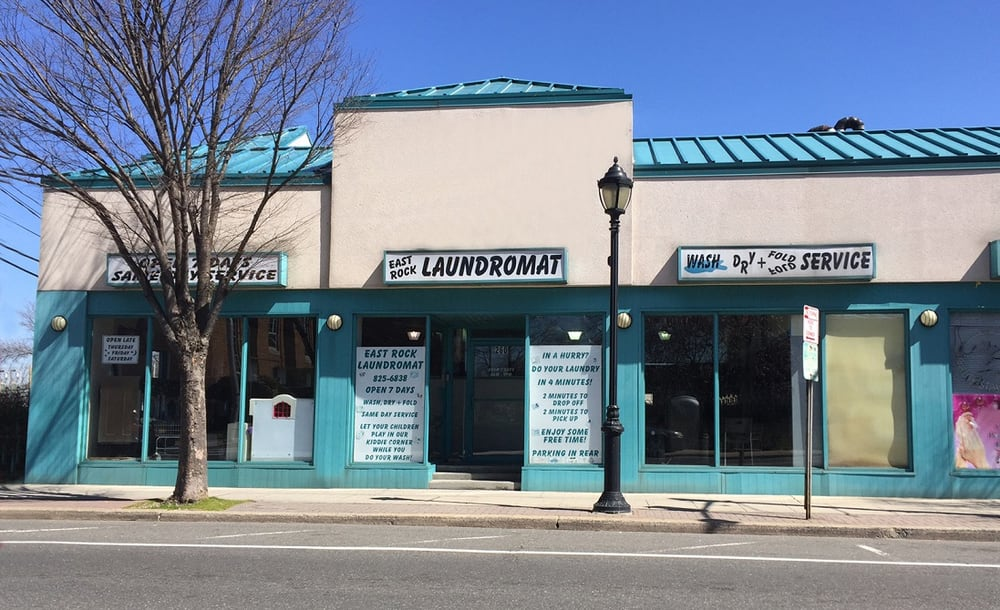 East Rock Laundromat: 260 Atlantic Ave, East Rockaway, NY