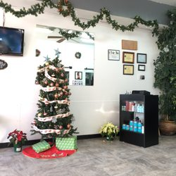 Photo Of Selina S Hair Salon Chicago Il United States Christmas Decorations