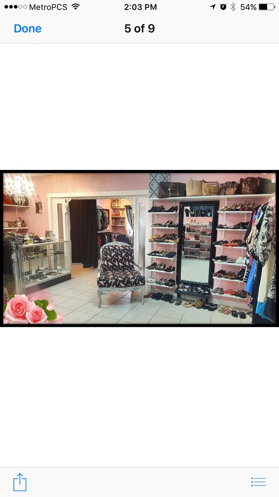 Amys Walk In Closet Consignment Shop - - Used Vintage