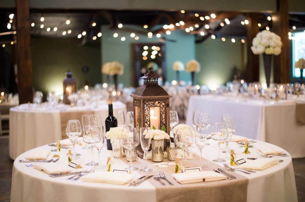 CC's Specialty Linens & Chair Covers: Linden, CA