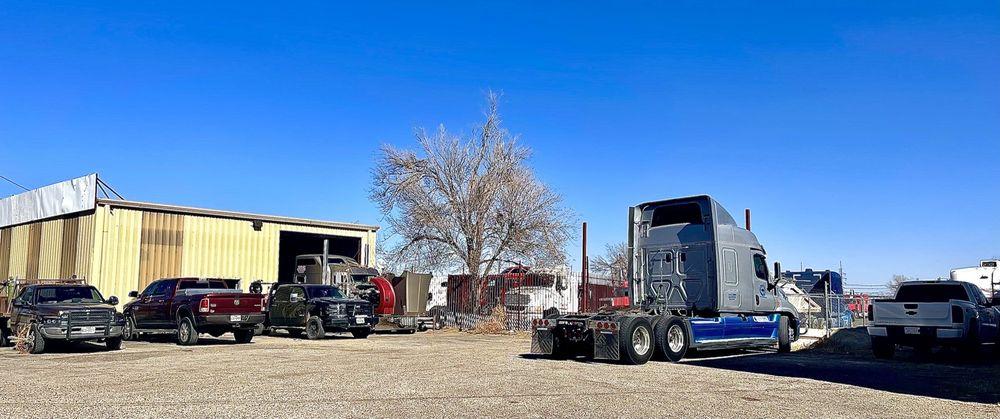A & A Road Service-Truck Repair: 218 N Grand St, Amarillo, TX