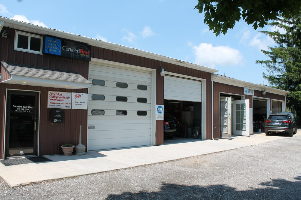 Caltrider's Body Shop: 2900 Rear Hanover Pike, Manchester, MD