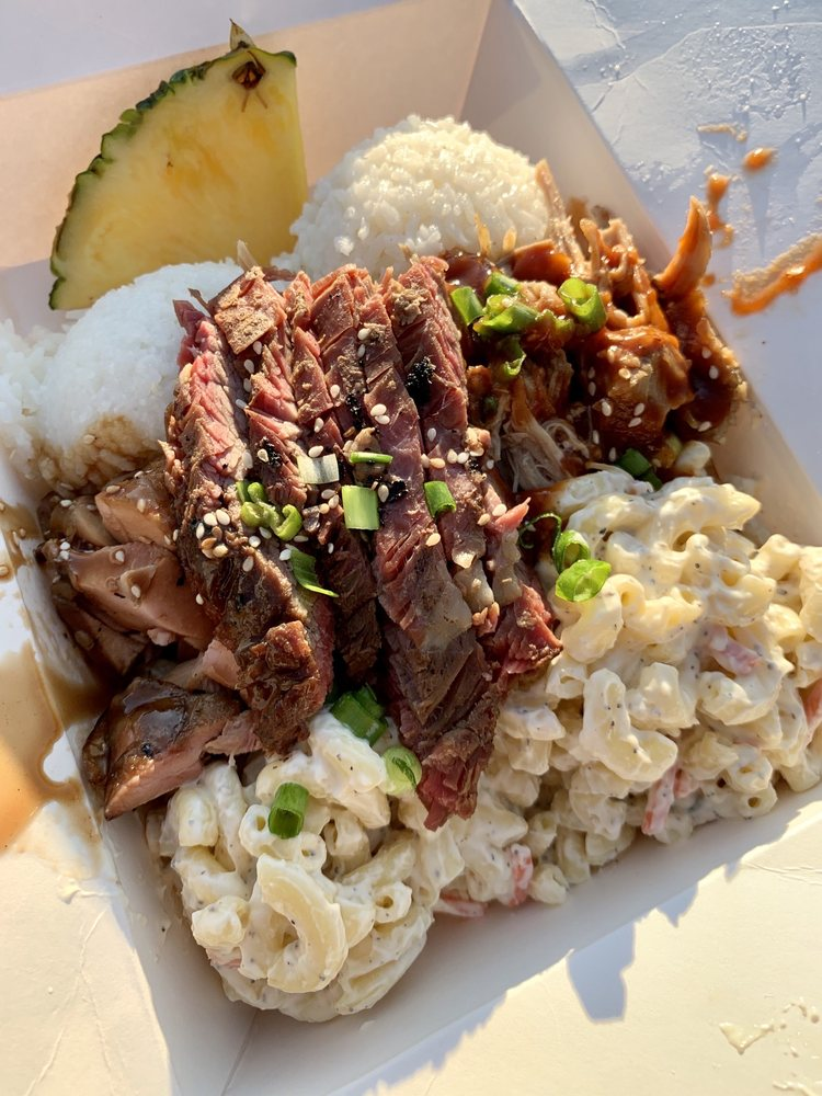 Lilo's BBQ: 2910 Cascade Ave, Hood River, OR