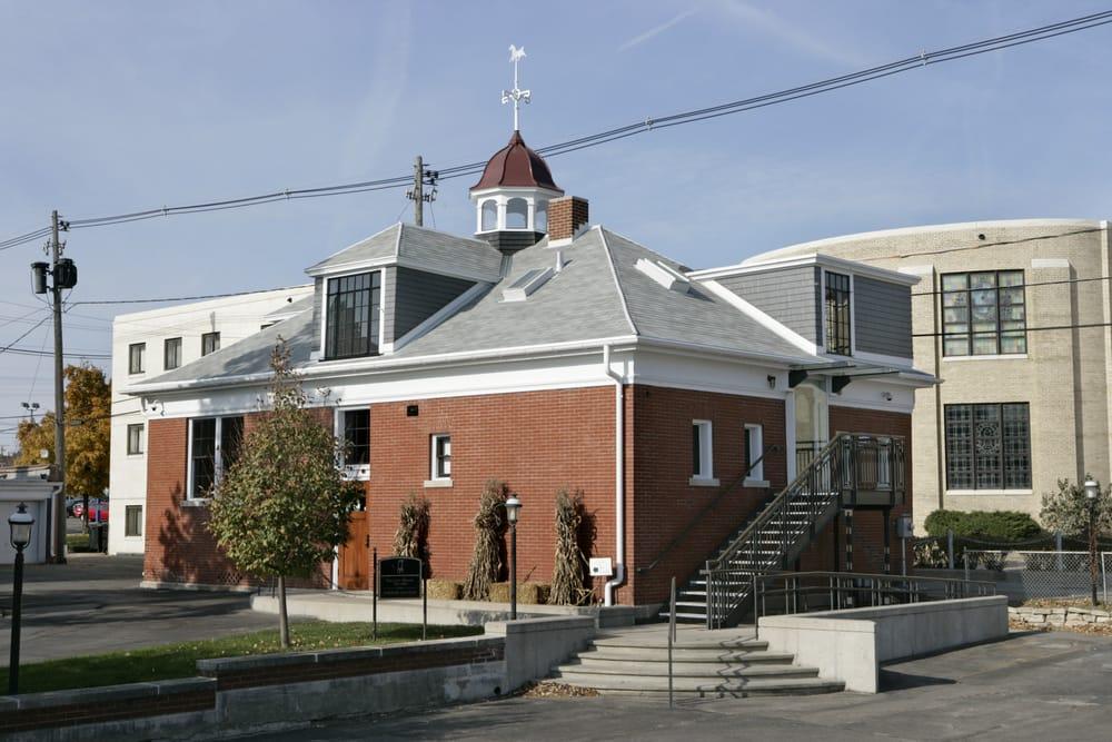 Grant Wood Studio Landmarks Amp Historical Buildings 810