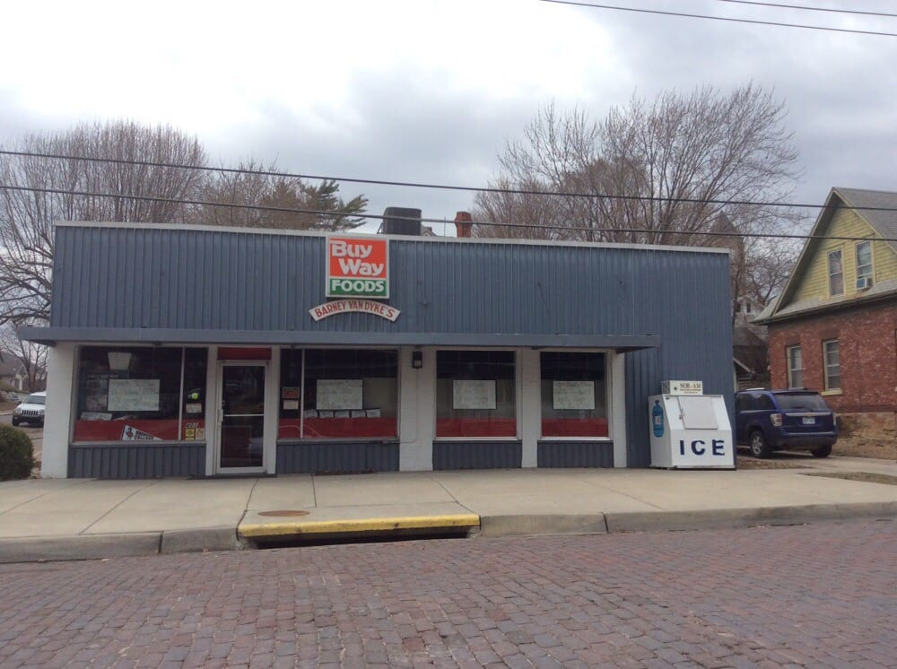 Van Dyke Grocery: 401 N 4th St, Atchison, KS