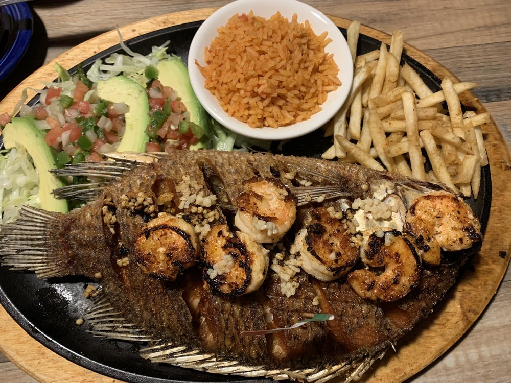 Food from El Azteca