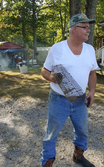 Nuisance Wildlife Control: 2264 Indian Creek Rd, Brownsville, KY