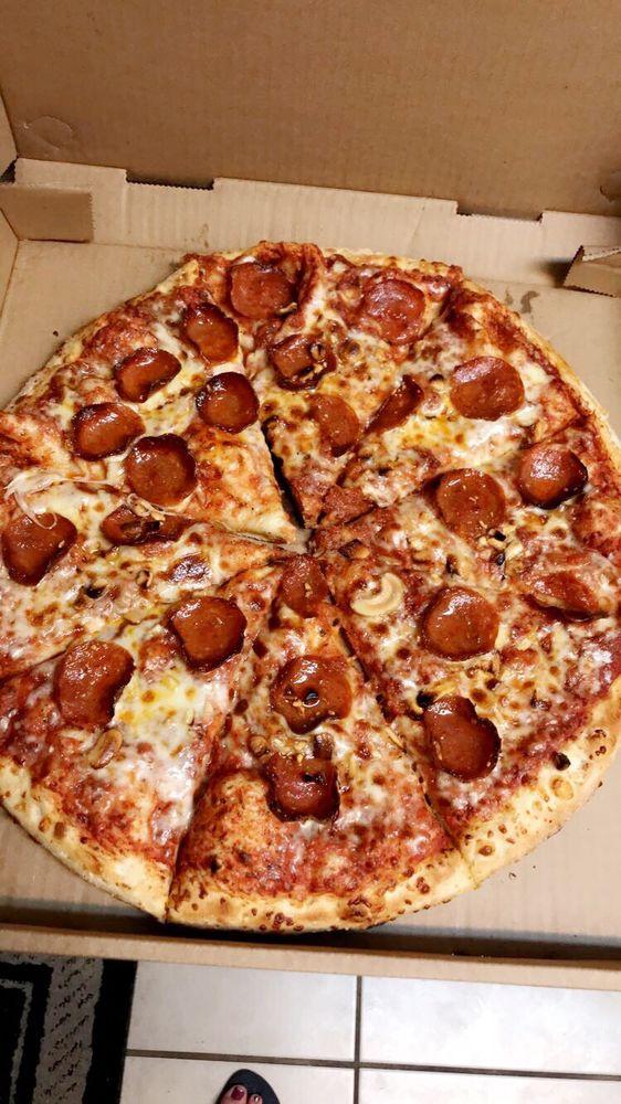 Pizza Xpress: 1556 Orange St, Redlands, CA