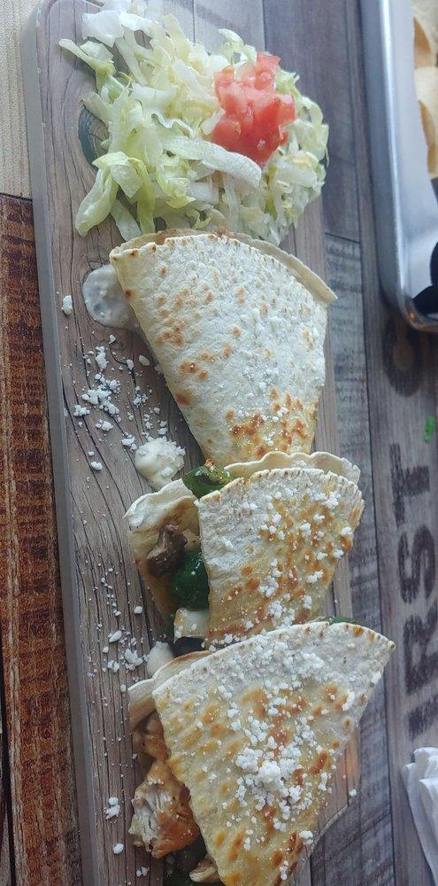 El Charro Southern Mexican Grill: 401 E Main St, Decherd, TN