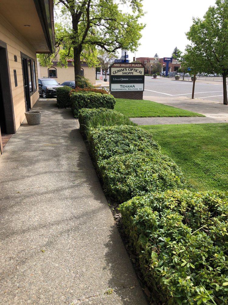 Gumm's Optical Shoppe: 910 Main St, Red Bluff, CA