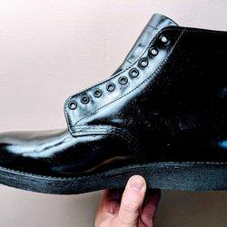 4e64325eaca044 Red Wing Shoes - 16 Photos   51 Reviews - Shoe Stores - 803 W Cesar Chavez  Ave