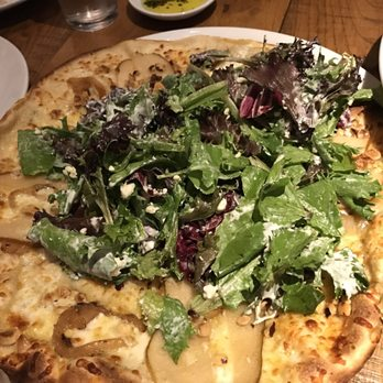 California Pizza Kitchen 150 Photos Amp 201 Reviews