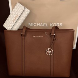 153ca6552e50ce Photo of Michael Kors - Milpitas, CA, United States. $149 for both!