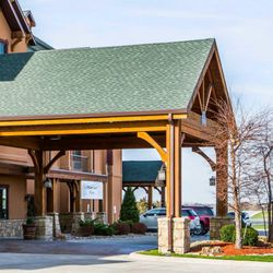 Photo Of Comfort Inn Suites Chillicothe Mo United States