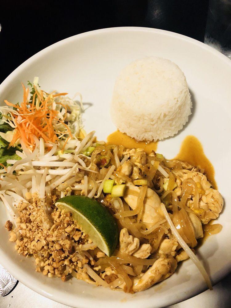Exotic Thai Restaurant: 3922 38th Ave, Moline, IL