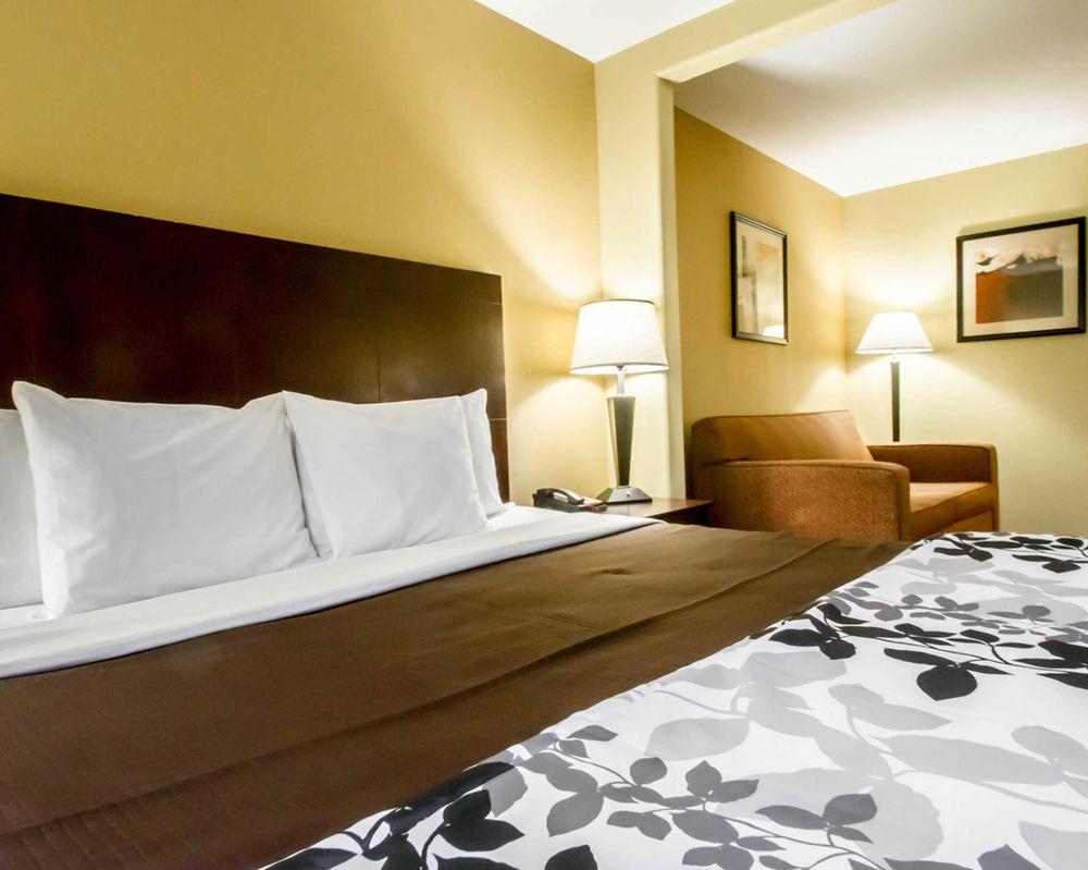 Sleep Inn & Suites Berwick-Morgan City: 2033 Hwy 90, Berwick, LA