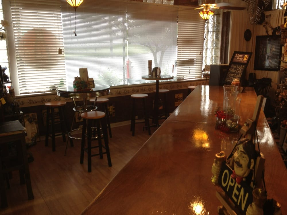 Plant Cafe: 504 Plant Ave, Waycross, GA
