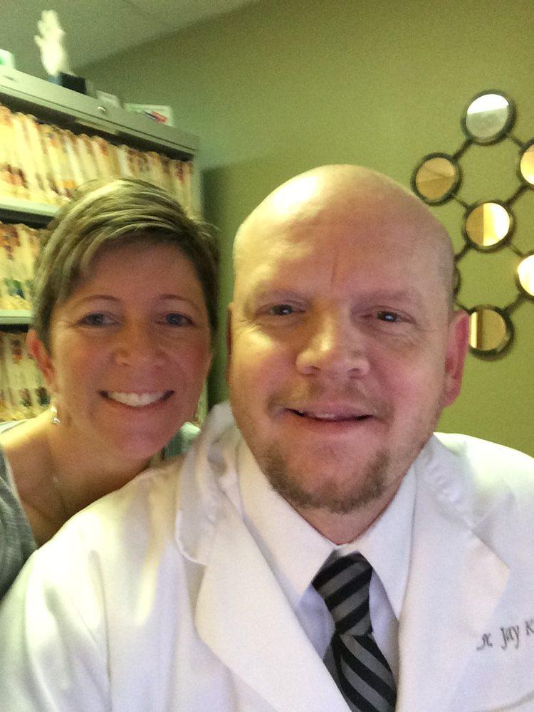 Koenen Chiropractic PC: 200 N 2nd Ave W, Newton, IA