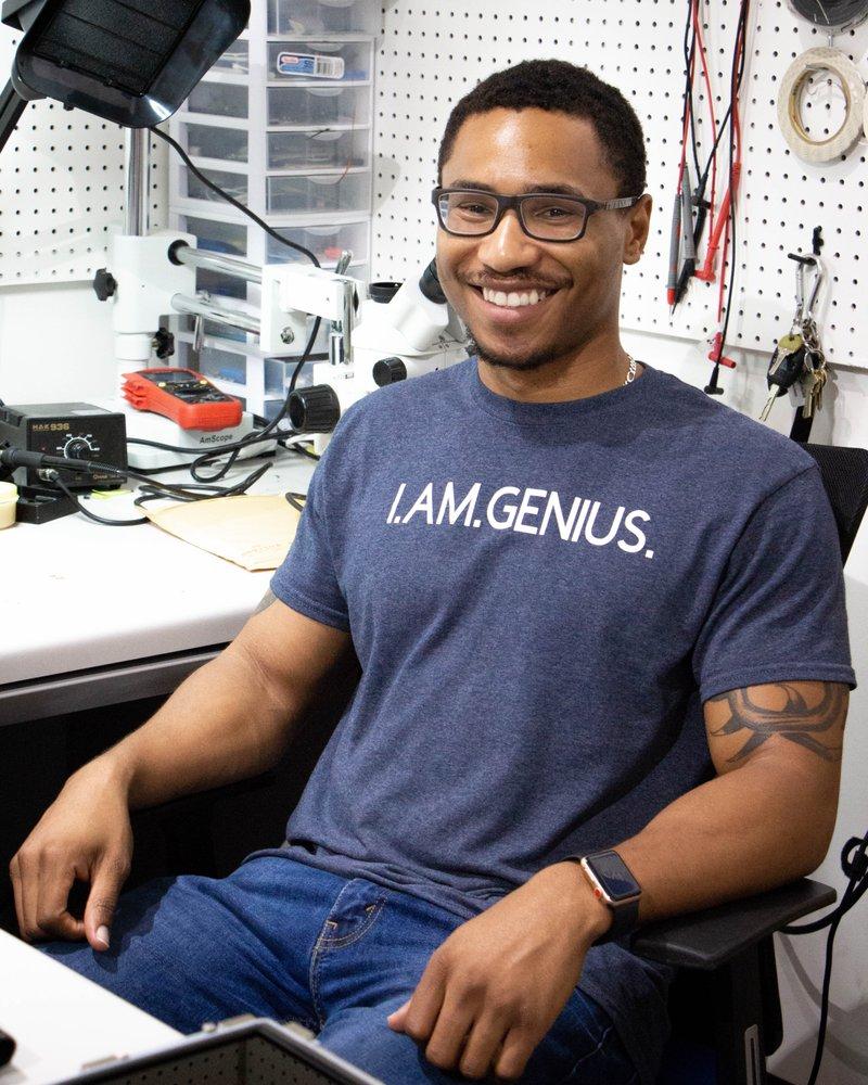 Genius Repair Solutions: 1332 Main St, Columbia, SC