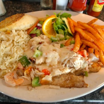 Alegria s seafood 125 photos 89 reviews seafood for Fish restaurants in columbus ohio