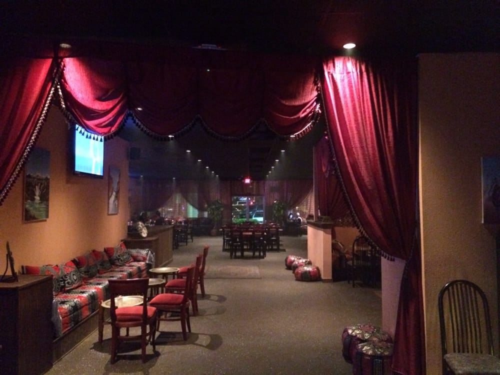 hookah bars in uptown charlotte nc Welcome to sip bar • cellar sip is a fresh new look on the corner of 5th & tryon we are centrally located in the heart of uptown charlotte, which makes for a fun and easy destination to gather with friends sip is not your ordinary bar establishment we specialize in taking your classic cocktail up a notch by creating a.