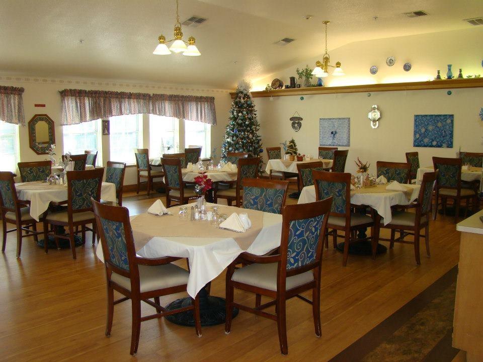 Jasmine House Retirement Homes 3076 Shoshone Dr Lake