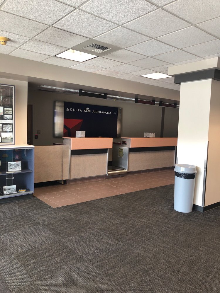 Lewiston-Nez Perce County Regional Airport - LWS: 406 Burrell Ave, Lewiston, ID