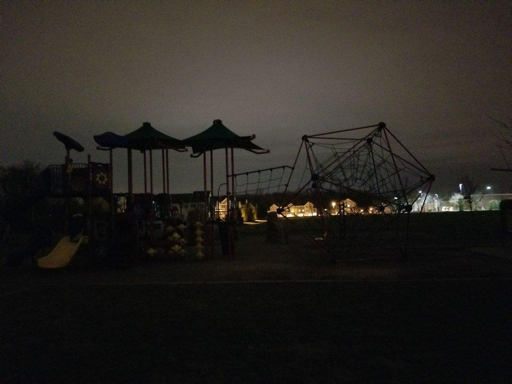 Fairwood Park: 12390 Fairwood Pkwy, Bowie, MD