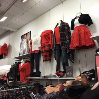 68ceb82fb3 Torrid - 30 Photos   36 Reviews - Women s Clothing - 401 NE Ngate ...