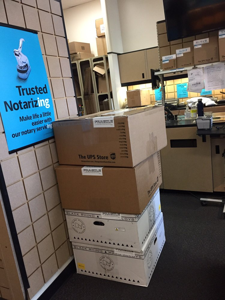 The UPS Store: 5825 Lincoln Ave, Buena Park, CA