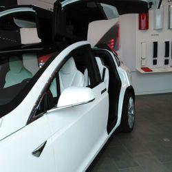Tesla At Town Center Photos Car Dealers River City - Cool cars jacksonville