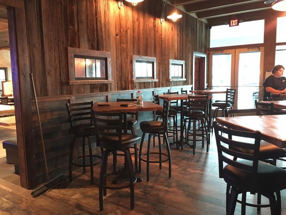 The Glass Tavern: 115 Saratoga Rd, Schenectady, NY