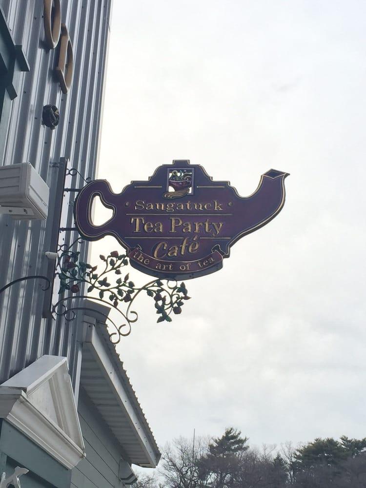 Saugatuck Tea Party Café: 115 E Fennville St, Fennville, MI