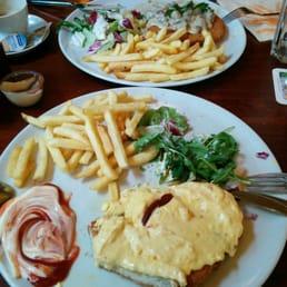 Schnitzel Cafe Del Sol